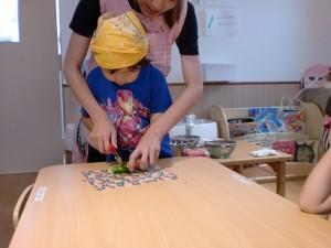 わんわん 3~5歳児 調理保育2
